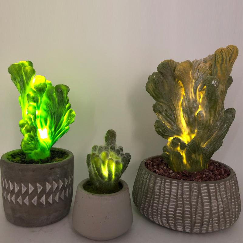 Cacto artificial do diodo emissor de luz na decoração suculento do falso de vidro decorativo do potenciômetro