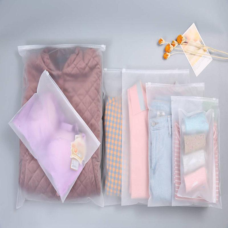 Produção de bolsas para todos os produtos que exigem embalagem, como roupas e cosméticos, embalagens eletrônicas para presentes, etc.