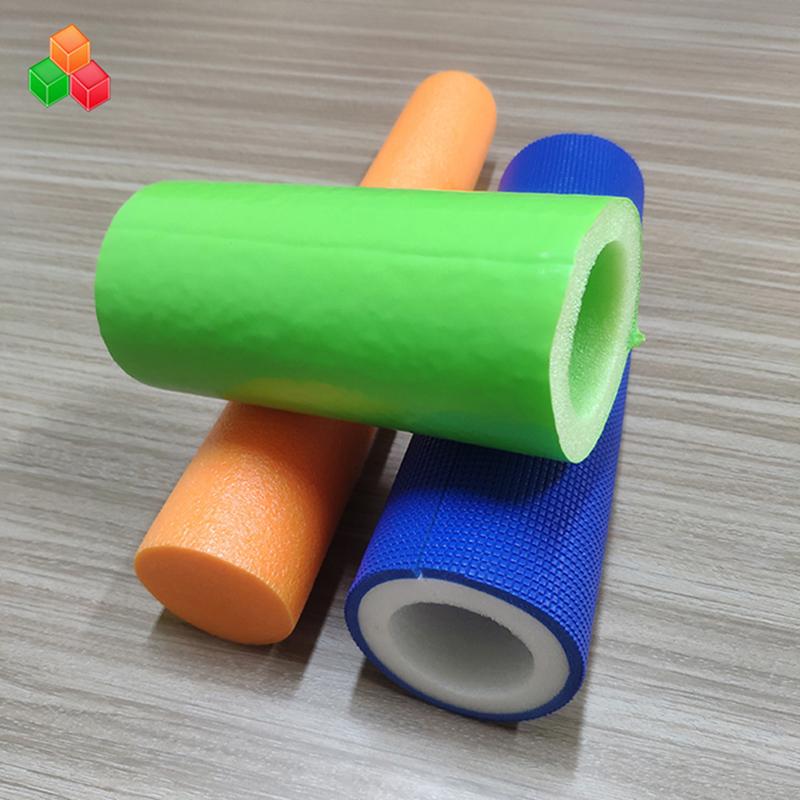 Forma personalizada logotipo cor super macio tubos de espuma oca PVC EVA EPE espuma tubo redondo para equipamentos de playground indoor / embalagem