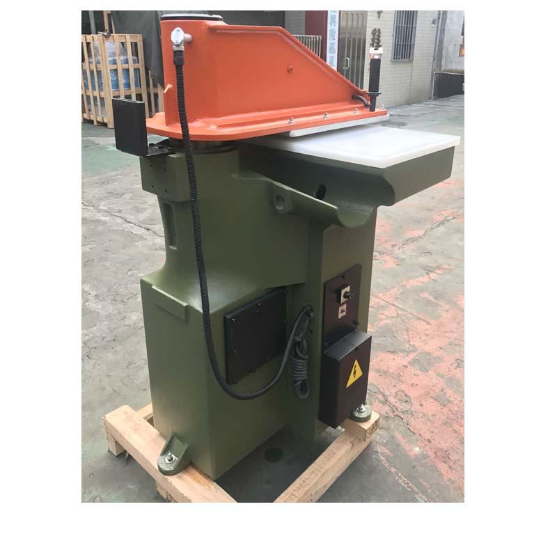 máquina de prensa de corte ATOM reconstruída usada para sapatos e bolsas de couro