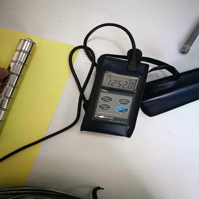 A linha de aço inoxidável SUS316 magnética forte super da barra 14000Gs SUS316 magnética fácil instala